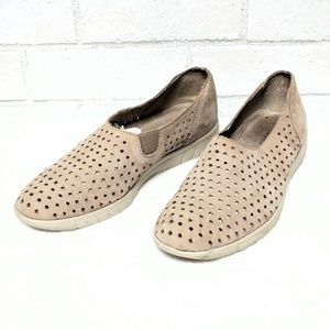 Munro Shoes | Sport Skipper Perforated